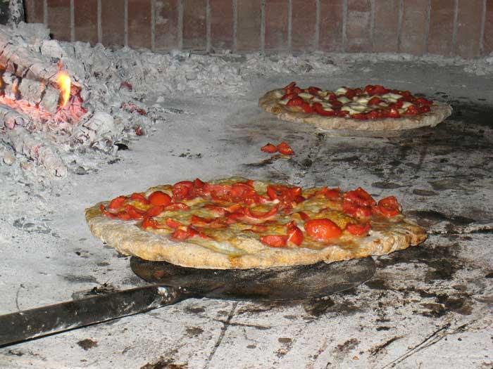 Authentic Pizza Napoletana