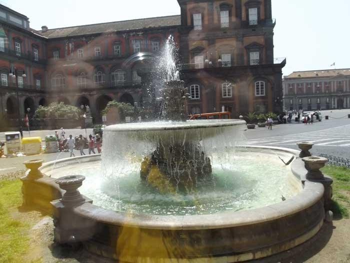 Fontana del Carciofo in Piazza Trieste e Trento, Naples