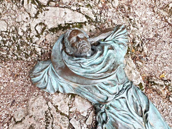 Statue of St Francis by Fiorenzo Bacci, Assisi, Italy